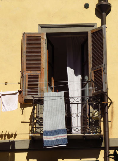 Architecture Architecture Balcony Balcony Life Balcony Shot Balcony View Balkon Balkonien Behind The Curtain Building Exterior Built Structure Curtain Drying Drying Laundry Italian Architecture Italien Italy Live For The Story Loneliness Open Window Sardinia Sardinia Sardegna Italy  The Architect - 2017 EyeEm Awards Window Window View