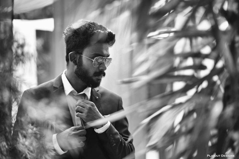 Beardedmen Beardlife Businessman Fashion Gentlemen Lifestyles Outdoors Suit Sunglasses Young Men