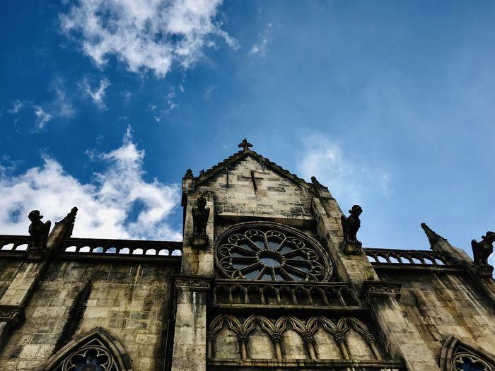斑駁的歷史,蔚藍的天空