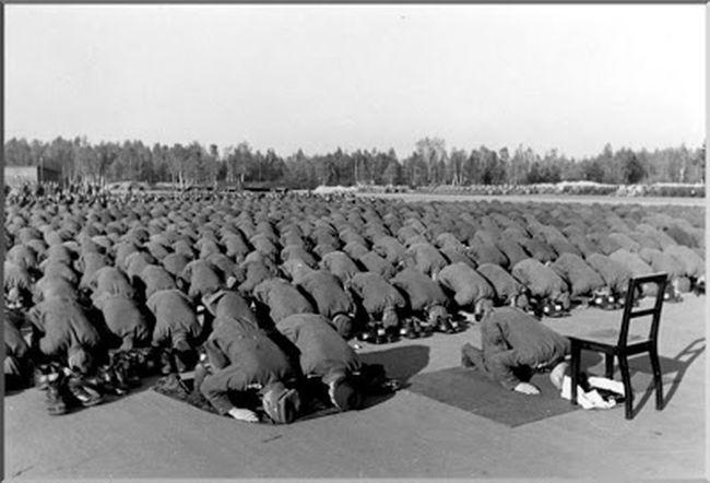 Islam Europa Germanyarmy 194...Histoire