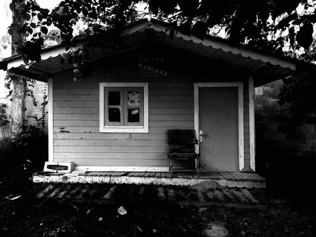 Home Infancy Blackandwhite Souvenirs Sweetmemories Afternoon Beautiful Cottage Warm Vscocam