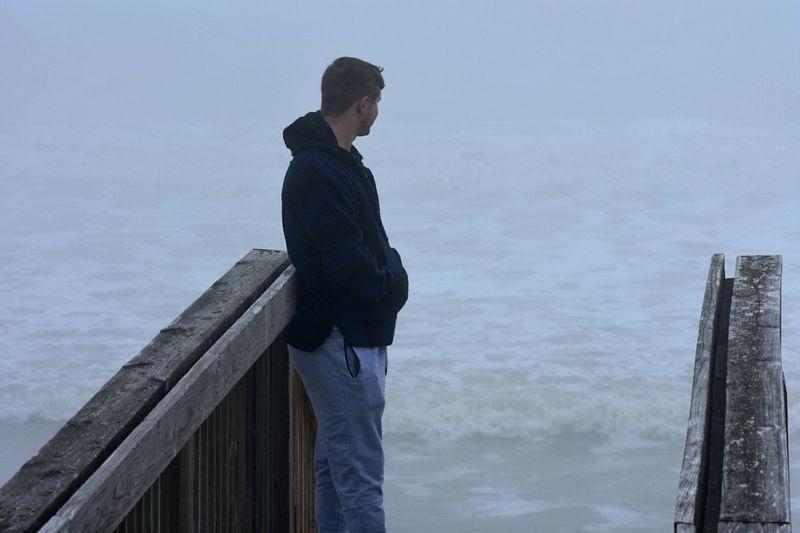 Sea Horizon Over Water Nature Outdoors Ocean High Tide Pier