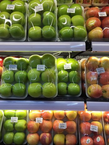 Variety of apple in fresh market Market Stall Market Fruit Red Apple Green Apple Apple Food Food And Drink Retail  Store For Sale Choice Large Group Of Objects Freshness Healthy Eating Arrangement Abundance Wellbeing Still Life Variation No People Multi Colored Container Fruit Market Shelf
