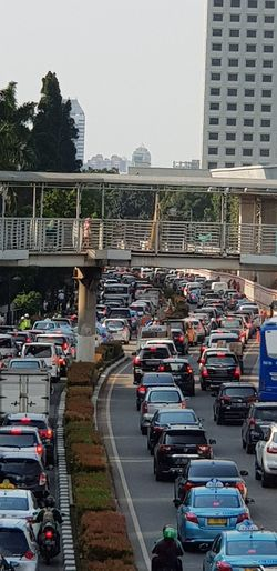 Every Day Traffic Jam Pack City Cityscape Water Golf Club Architecture Sky Building Exterior Built Structure Traffic Jam Traffic