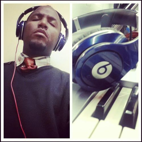 In worship mode. I'm feeling it today. Grateful Beatsbydre Lastsunday Music4life