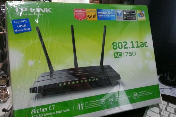 Walking Around роутер РоутерМечты Router обновочки Tplink Archer C7 Wifi People Watching Getting In Touch