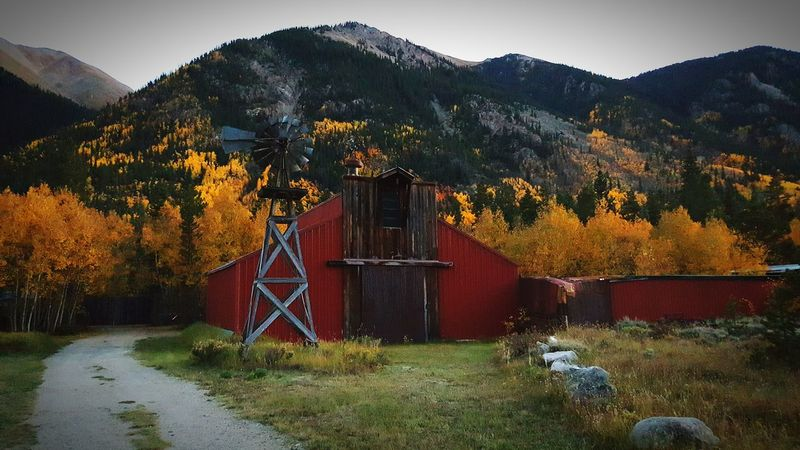Windmill Barn Mountains Fall Colors Colorado Samsungphotography Samsung Galaxy S6 Edge Old School Farming Colorful Trees Aspens Nature Check This Out Something Different Getting Creative Fall Leaves