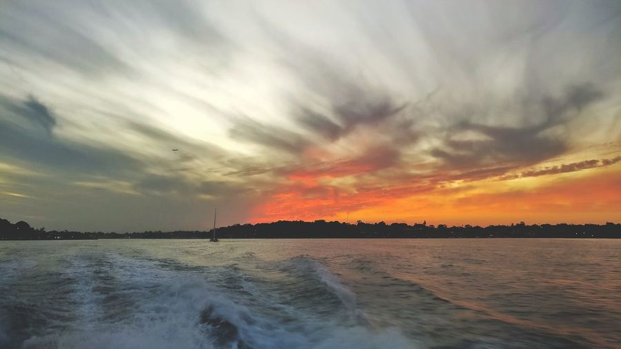Half red sky, River cruise in Sydney Cloud - Sky Scenics Sunset Horizon Over Water Outdoors Beauty In Nature Sunlight Summer Travel Destinations Sydney, Australia