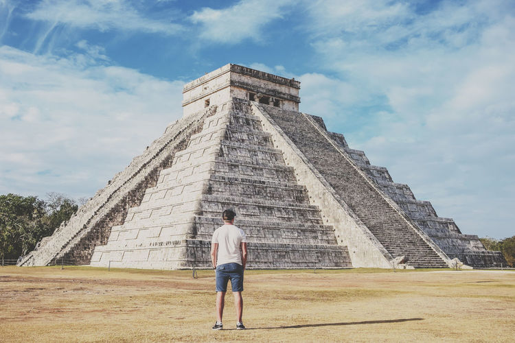 Traveling One Person Architecture Yúcatan Travel Mexico Chichen Itza Piramide Nature