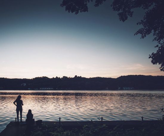 Dawn Silhouette Water Lake Real People Full Length Tree Leisure Activity Nature One Person Tranquil Scene Standing Reflection Men Sunset Tranquility Beauty In Nature Outdoors Lifestyles Scenics Sky Baldeneysee Sunset Silhouettes