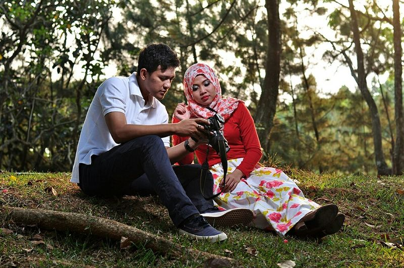 Prawedding Praweddingphotography Samsulprawedding Prawed Isengan Candid Photography First Eyeem Photo Streetphoto_color Tamankota EyeEm Indonesia