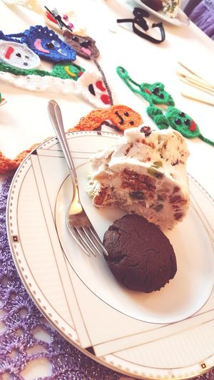 #foodporn #Desserts #dessert #cookie #handmadebookmarks #bookmarks #gun #handmade #sweets #Desserts Chocolate Indoors  Sweet Food Dessert Food No People Close-up
