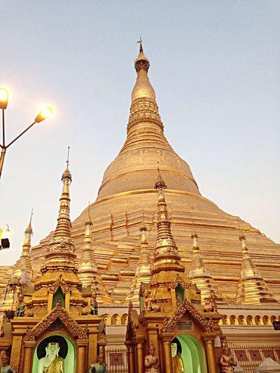 Pagoda Enjoying Life Buddha