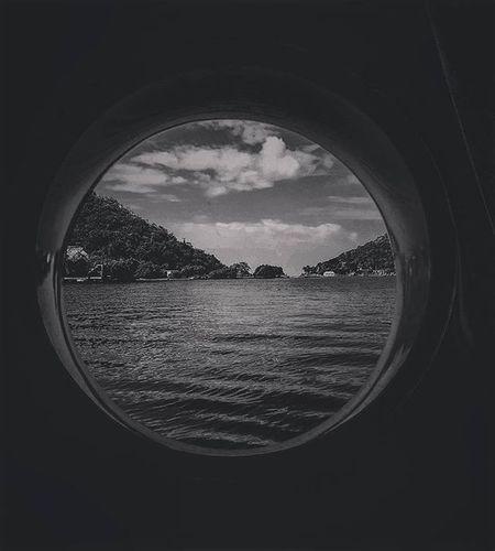 Apple of my eye 🍎🌴 Island Calmwaters Instapic WokeUpLikeThis Blackandwhite