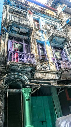 The Architect - 2016 EyeEm Awards Burma Myanmar Birma Yangon Rangoon Colonial Architecture Colonial Style Buildings Colonial Yangon Weather Erosion Ornaments Decline