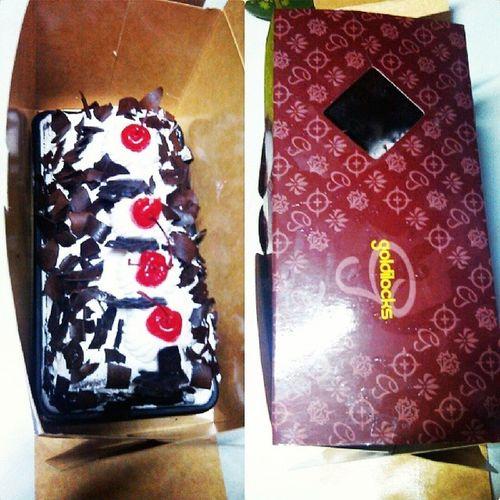 thanks Goldilocks! Stressreliever Badtogoodmode na Cake ThankYouLord for this day :-) 111913