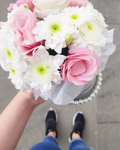 Flower Bouquet Pink Color One Person Low Section Human Body Part Petal Adult Shoe People Human Leg Wedding Rose - Flower Standing Lifestyles Flower Head Day Fragility Bride Adults Only