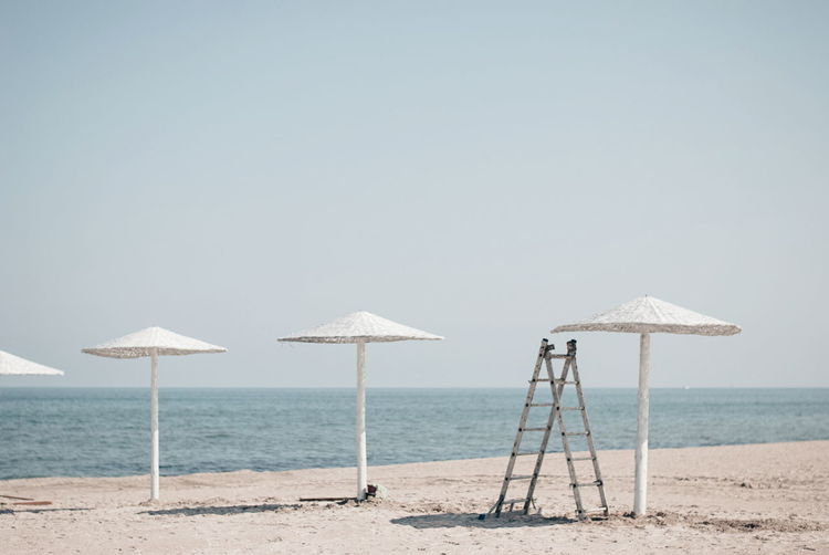 Hello weekend! Beach Beach Umbrella Black Sea Blue Calm Day Horizon Over Water Nature No People Non-urban Scene Outdoors Romania Sea Shore Sky Summer Tranquil Scene Venus Water Color Palette My Year My View Finding New Frontiers Miles Away Minimalist Architecture Be. Ready. Summer Exploratorium