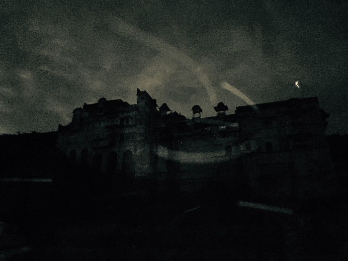 Glitch the great palace of bundi just got glitched don't know how
