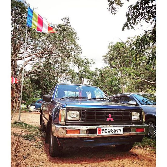 型... Mitsubishi 三菱 Car SriLanka anuradhapura 4x4