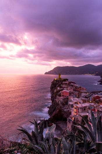 Sunset in Vernazza, 5 Terre 5 Terre 5 Terre,italy 💗 Architecture Beauty In Nature Built Structure Cloud - Sky Day Horizon Over Water Nature No People Outdoors Red Sky At Sunset Scenics Sea Sky Sunset Tranquil Scene Tranquility Water