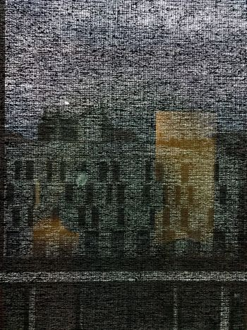 Derrière le store, la ville Full Frame Backgrounds Pattern No People Textured  Close-up Indoors  Abstract Architecture