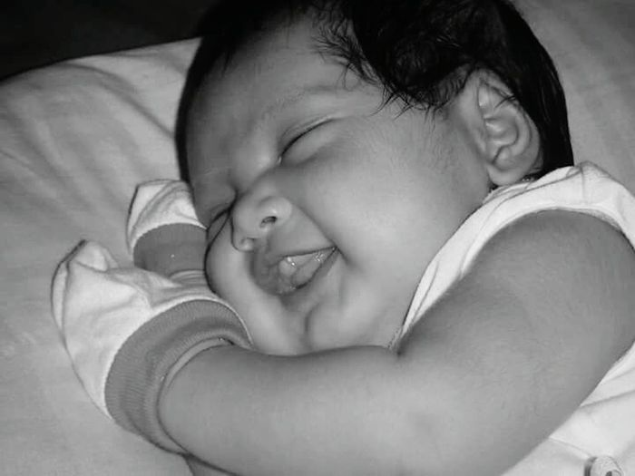 Take Me To Dreamland Sweet Baby Sweetbaby Sweetdreams  Love ♥ 1month Old Captured Priceless Moment Dreaming Bnw Blackandwhite Photography