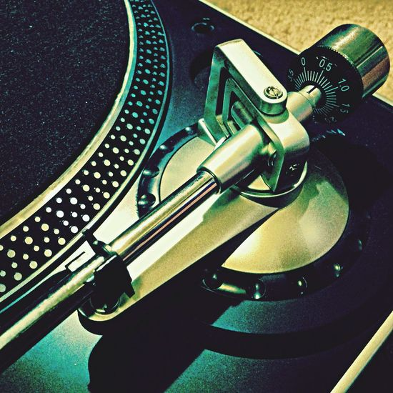 Technology I Can't Live Without Turntable DJing Dj_ouijaFM