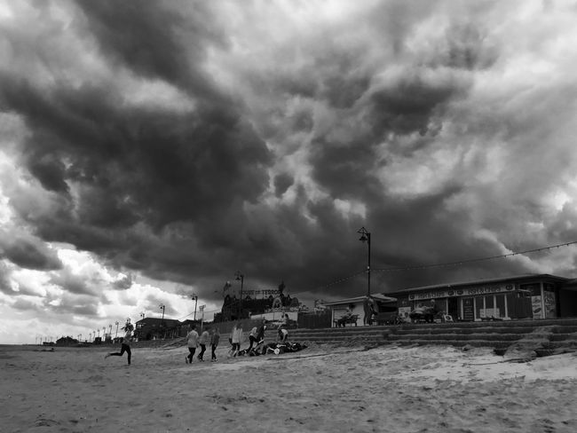 Check This Out Hanging Out Beach Summer Storm Taking Photos Mablethorpe EyeEm Gallery
