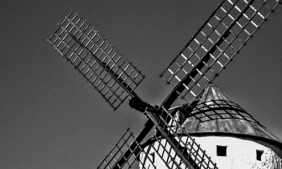 Beautifully Organized Molinos De Viento Don Quijote De La Mancha Spain Is Different Campo De Criptana Close Up Technology Old Technology Old Machines No People Black And White Popular Photo Samsung Wb100 Art Is Everywhere The Architect - 2017 EyeEm Awards