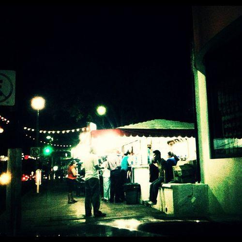 Las horchatas de la catedral. Mexico Noche Tabasco Puesto Horchatas
