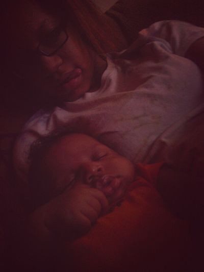 fat mans knocked out he's so cute <33