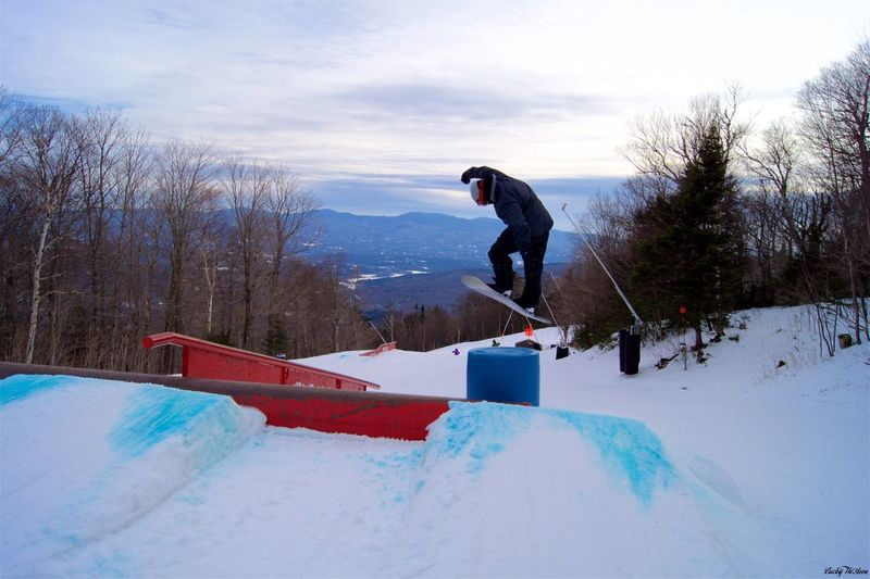 Snowboarding Snowboard Snow Overcast Outdoors Ice Chairlift Winter ConstructiveCriticismIsWelcomed Jump Stowe Check This Out Taking Photos