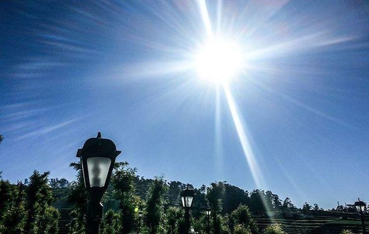 Imagine it. Feel it. Receive it. 😊 Sunshine Morning Lamps Sky Goodmorning Ooty India Southindia _soi Instatravel Tamilnadu Traveljournal Pixelpanda_india Incredibleindia Picturesofindia Beautifulindia Hippieinhills Indiatravelgram Desi_diaries Indiaclicks