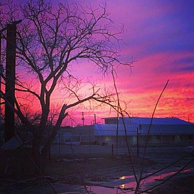 Sunset Wichitafalls Texas Scott Street Veiw Abandonedplaces Bedandbreakfast Photosociety Urbex Landscapes Poisoned_pics_photography Ig_urbex