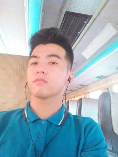 AWB. Selfie Asian  PinoyExplorer Flowerboy
