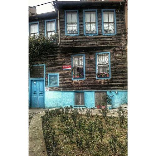 ORTAK öy Wooden_houses Historical_life History historical_building architecture historical_architecture istanbul beşiktaş turkey wood windows historical_windows authentic hause home