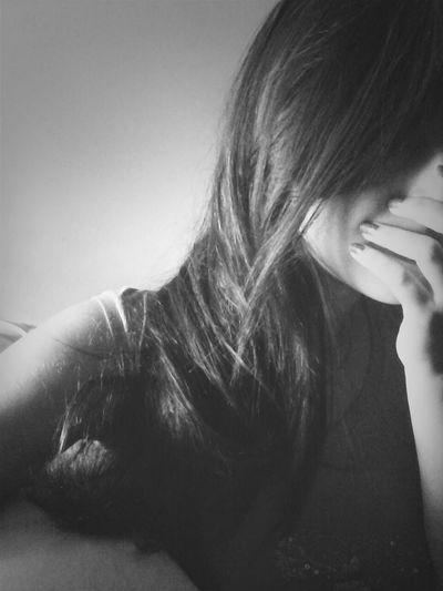 Tudo o que realmente preciso é de um pouco de paz... Girl Hair Tumblr Follow Me