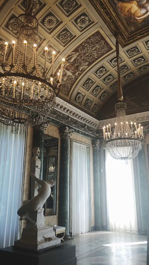 Essence Reinessance Statue Museum Mindfulness Brains  Milan Love Art Indoors  Built Structure Chandelier