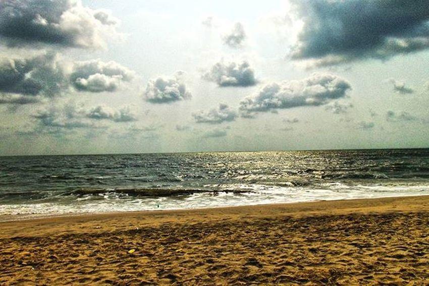 Evening time ! At beach ! Through my lens ! Alappuzha beach ! Clouds ! Sky ! Canon700D CanonDSLR Photographer PhotographyLove Photography Sky Clouds Instagraphy Instaeve Instalove Instalike Instamood Picoftheday