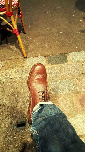Terrasse de café Enjoying Life That's Me Capture The Moment Chaussures  Boots Paris ❤ Jeans