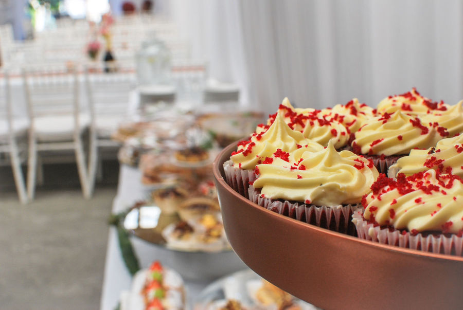 Cupcakes Wedding Photography Baked Cake Close-up Cupcake Cupcake Holder Day Dessert Focus On Foreground Food Food And Drink Freshness Icing Indoors  Indulgence No People Ready-to-eat Selective Focus Snack Sweet Sweet Food Table Temptation Unhealthy Eating 10 The Still Life Photographer - 2018 EyeEm Awards