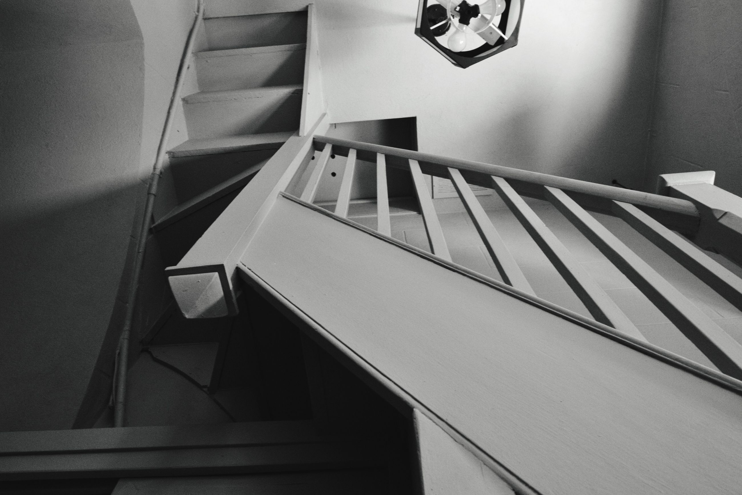 indoors, staircase, steps, steps and staircases, no people, home interior, table, architecture, built structure, close-up, hand rail, home showcase interior, day