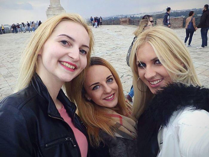 Belgrade Serbia Friends Belgrade Fortress Kalemegdan Fun Fall Blonde