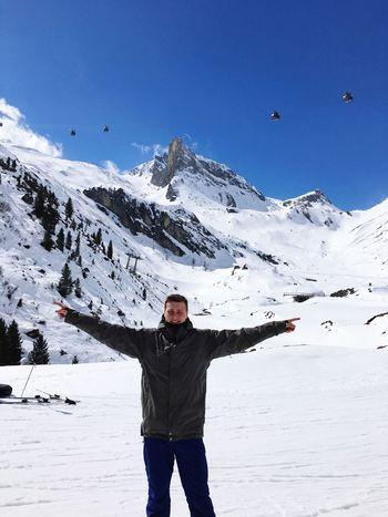 Skifahrern auf dem Hintertuxer Gletscher Winter Snow Mountain Beauty In Nature Ski Holiday Outdoors First Eyeem Photo