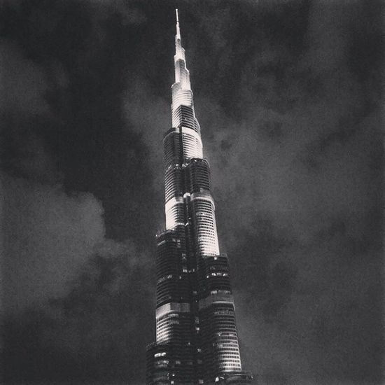 Dubai_mall Burj_Dubai B_w