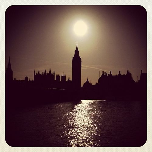London ☀ #ubiquography #jj_forum #jj #alaniskoinlondon #instacanvas #iphoneography #uk #gf_uk #ebstyles_gf #earlybirdlove #london #photooftheday #westminster #thames #bridge #bigben Jj_forum Ubiquography IPhoneography Igcurator Ebstyles_gf Gf_uk Bridge Alaniskoinlondon London Westminster Uk Photooftheday Instacanvas Thames Bigben Jj  Earlybirdlove