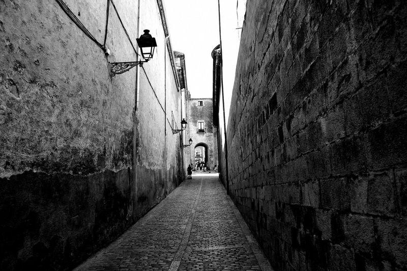 The Way Forward Architecture Built Structure Day Building Exterior Outdoors No People City Sky Girona Gironamenamora Gironaemociona Gameofthrones Medieval Juegodetronos Architecture Medieval Architecture FotoDelDia Verguenza Sersei Lanisters Picoftheday Muralla EyeEm Selects Travel Destinations