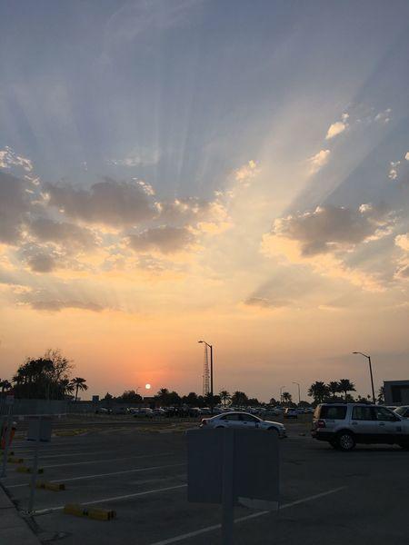 Took this photo on November 12, 2017 , Sunday morning at Saudi Aramco Core Area in Dhahran, KSA. ThankGodForAnotherDay Godscreation SpreadTheLove SpreadTheBlessingsOfLove Newbeginnings Newday NewSun