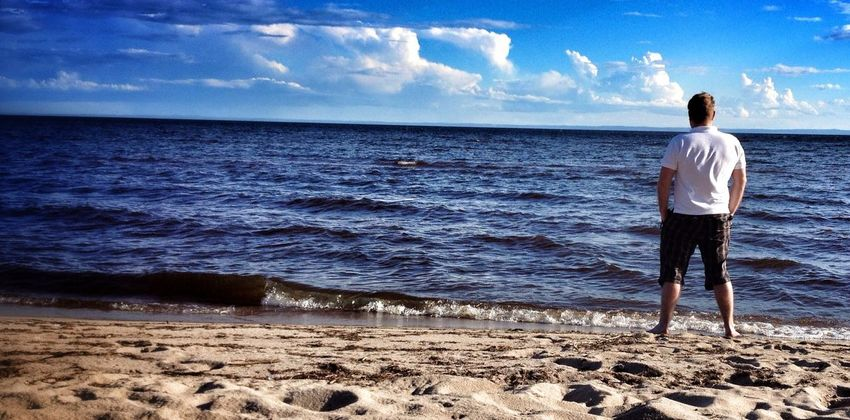 Ceci est le Lac Saint-Jean. Beautiful Surroundings Resting Life Is A Beach Belong Anywhere